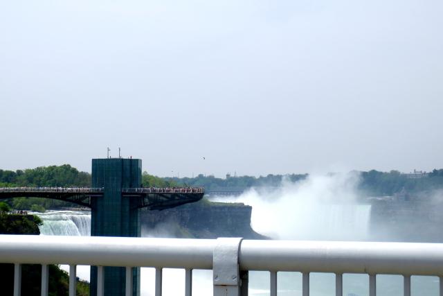 レインボーブリッジの国境越え (4景-3) カナダからアメリカ再入国 Rainbow Bridge, Canada to USA 2013/05/22 Photo by Kohyuh
