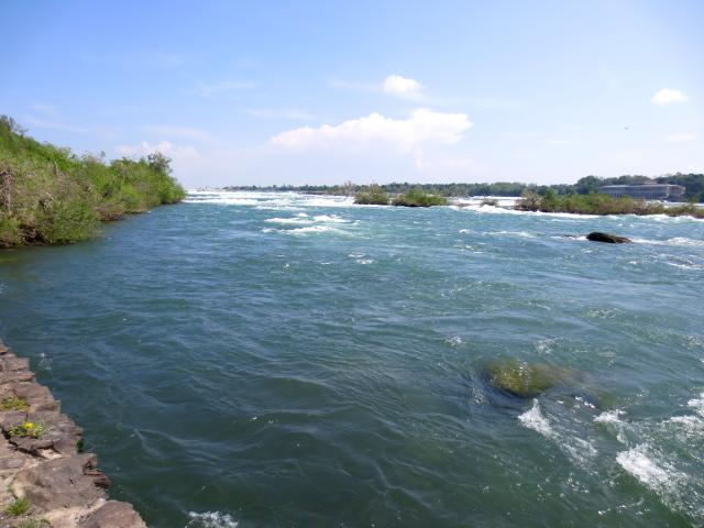 ナイアガラの滝 (15景-9) ・・・ アメリカ側 ニューヨーク州 アメリカ Niagara Falls, NY, USA 2013/05/22 Photo by Kohyuh