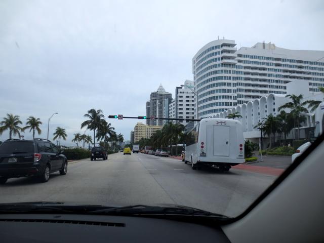 マイアミビーチに向かって (13景-11)