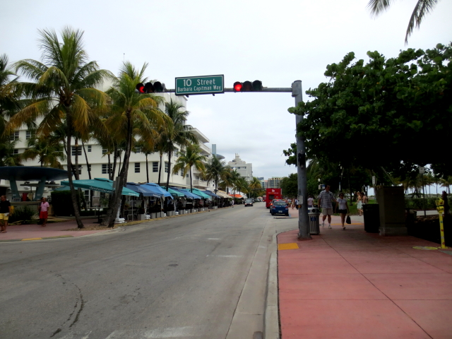 マイアミビーチに向かって (13景-3)