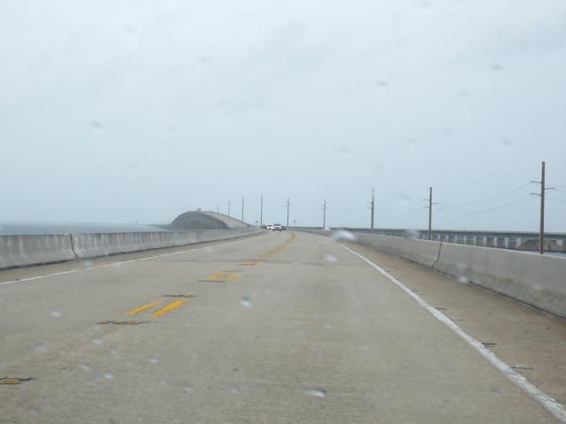 キーウェストに向かって Seven-Mile Bridge (16景-1)