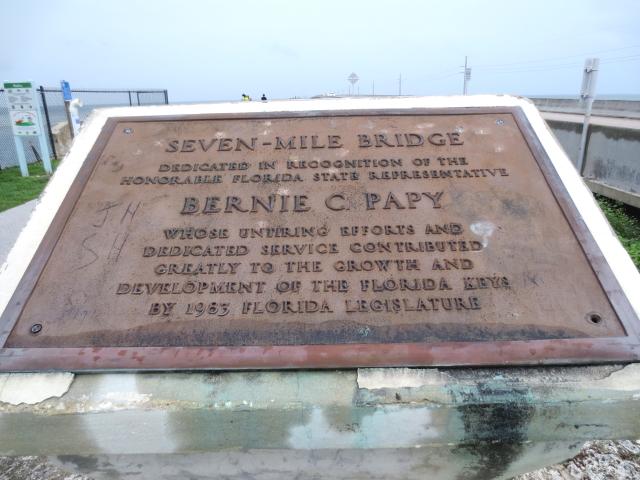 キーウェストに向かって Seven-Mile Bridge (16景-5)